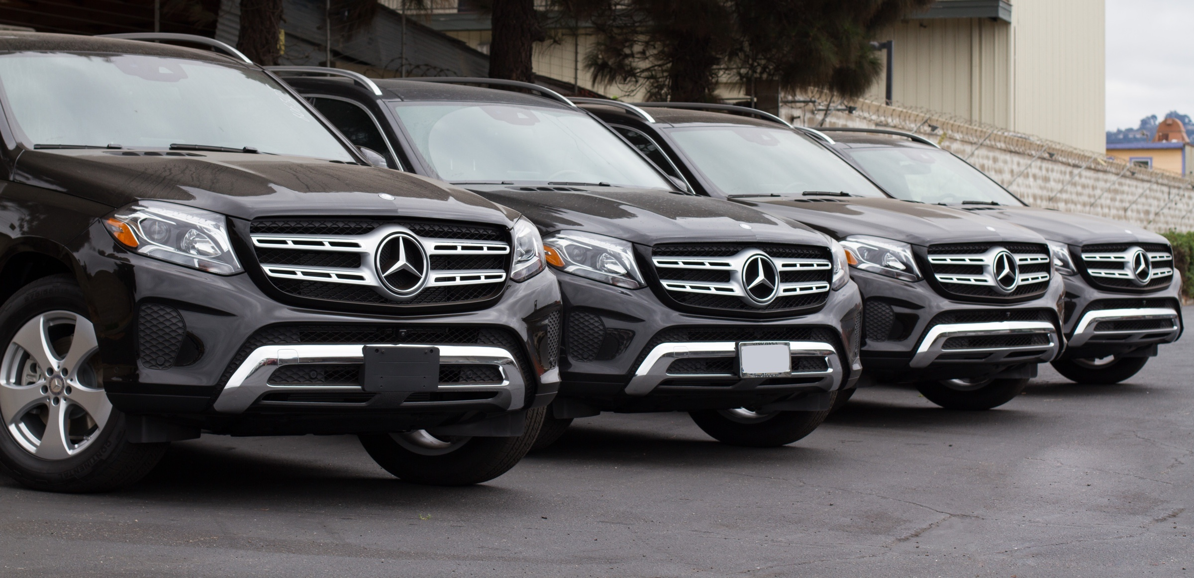 Mercedes GL car shipping to Russia