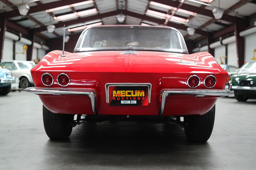 classic-Corvette-shipping-oveseas.jpg