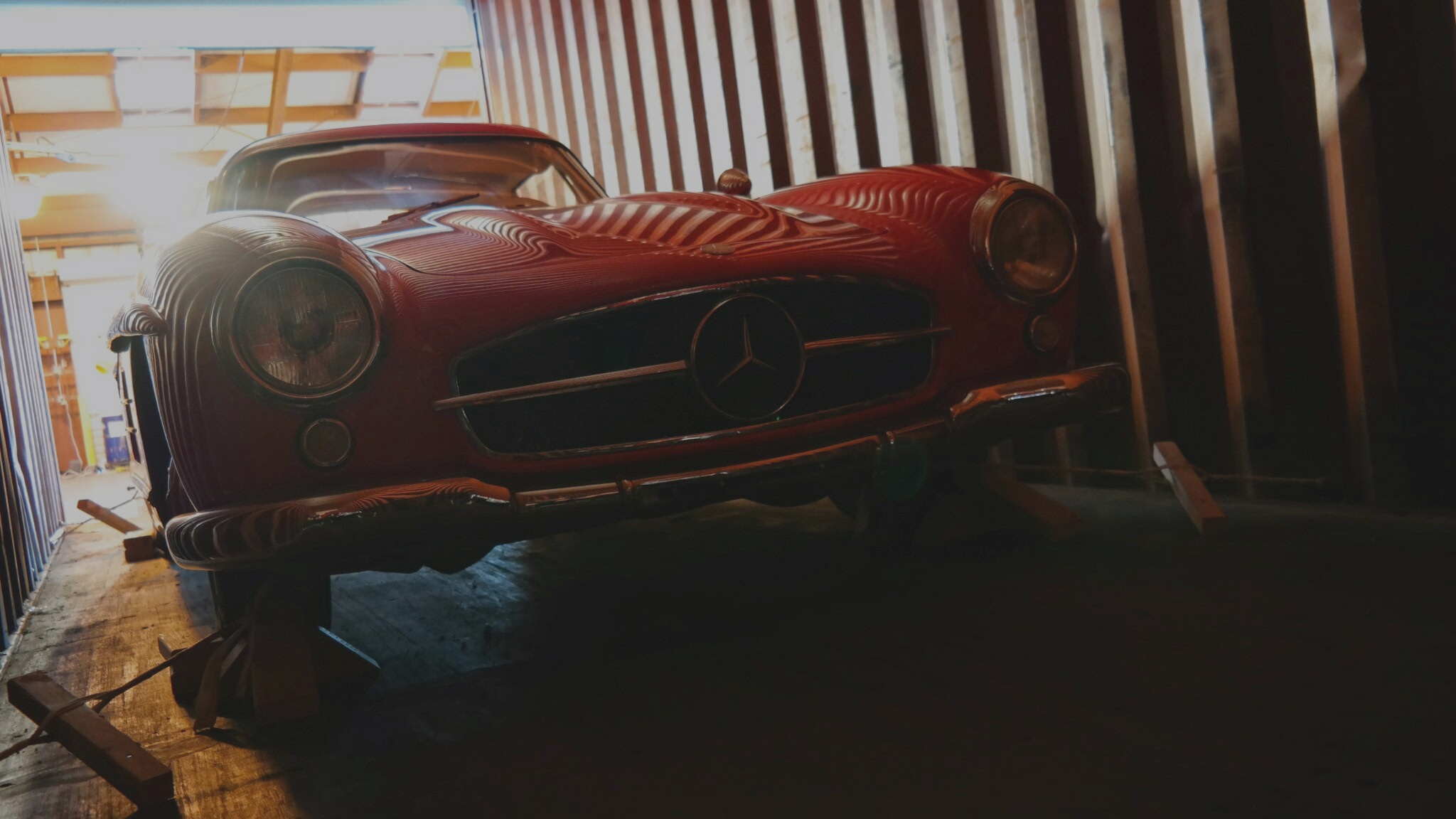 Mercedes 300SL Gullwing Shipping to China from USA in container