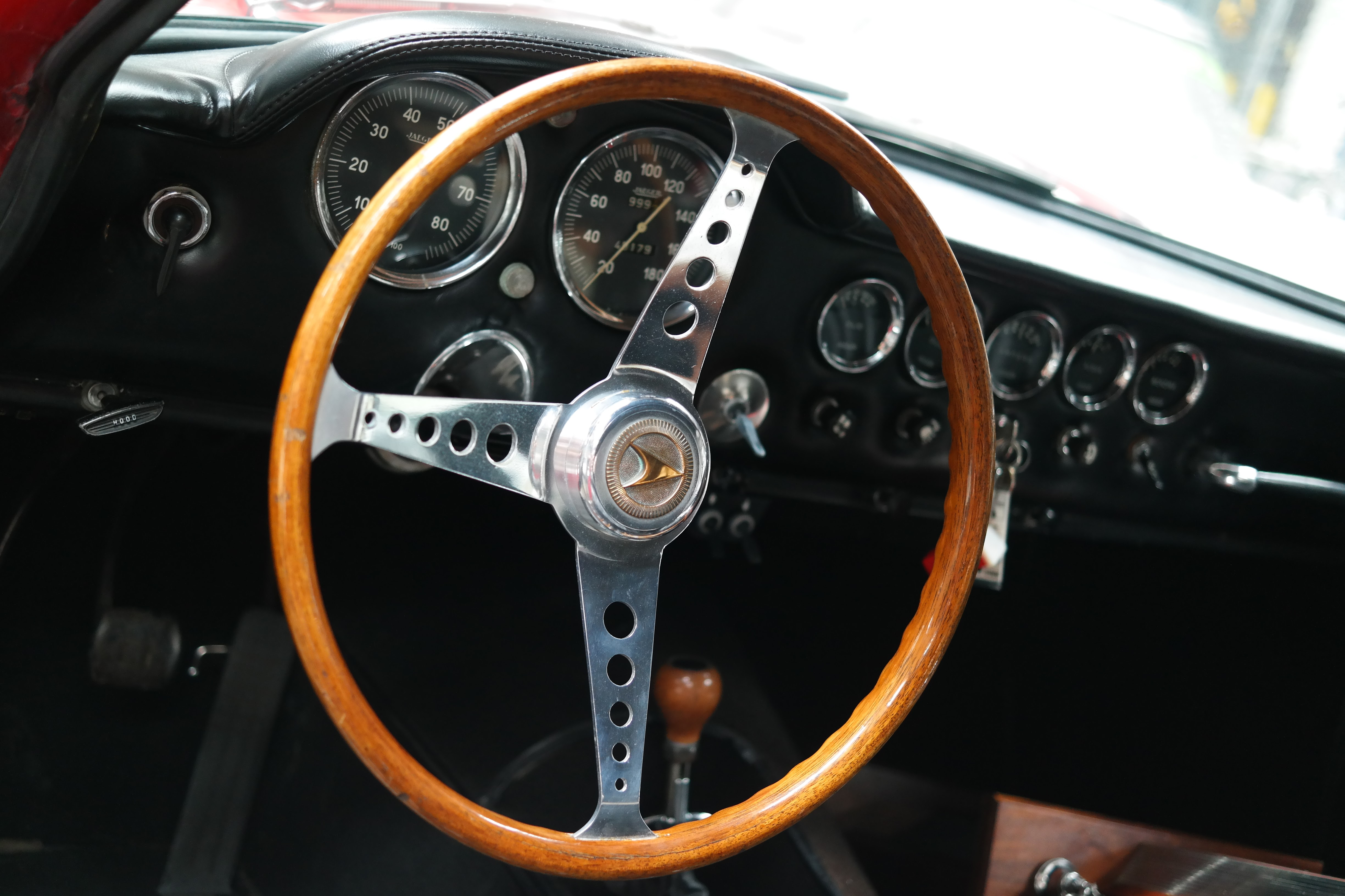 Chevrolet Powered 1966 Apollo GT JN7691011 interior