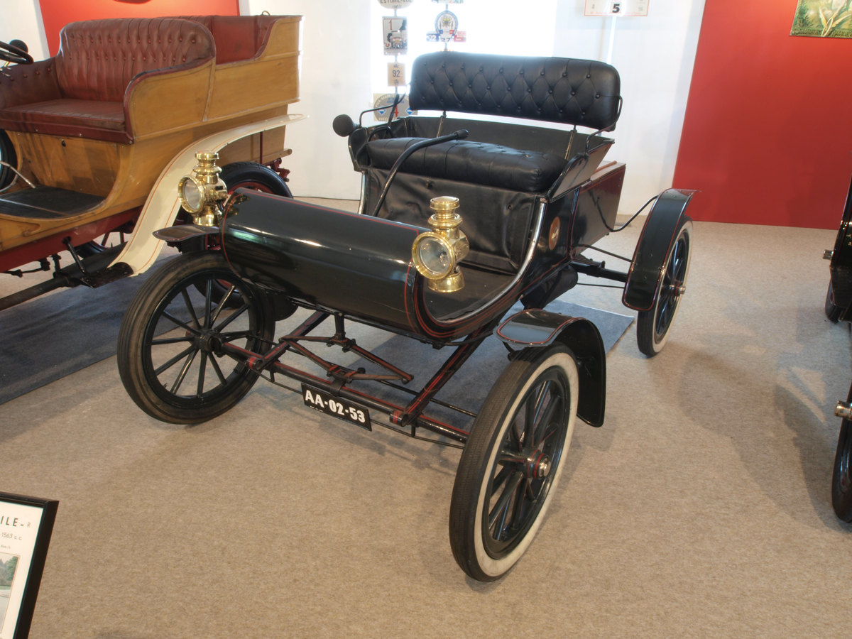 1902-oldsmobile-uk-import.png