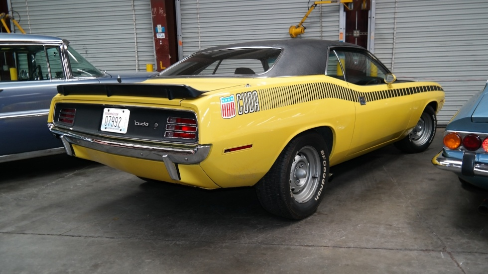 Plymouth Cuda US muscle car overseas