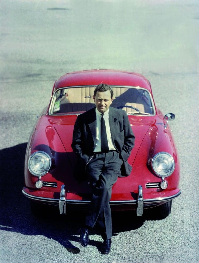 Ferdinand Porsche im Porsche 356.jpg