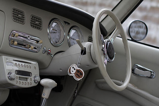 Import-from-Japan-Nissan-Figaro-4.jpg