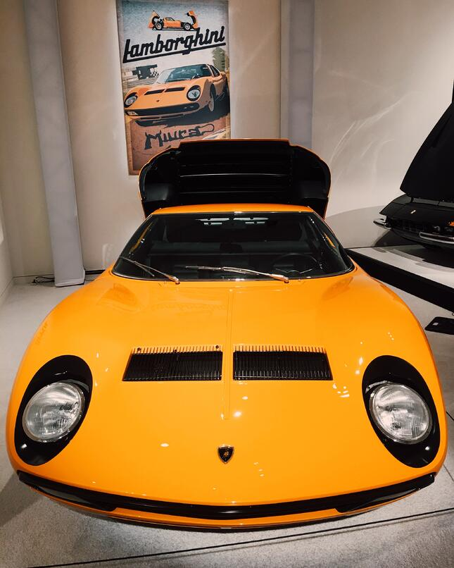 1972 Lamborghini Miura P400 SV by Bertone International Car Shipping