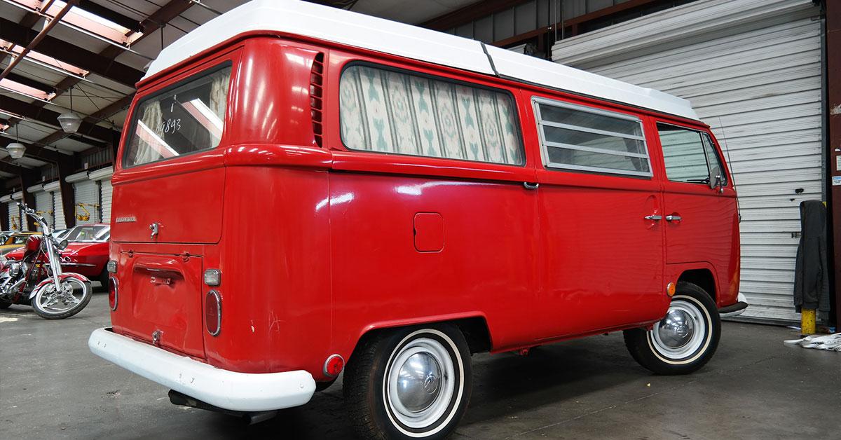 VW-bus-red.jpg