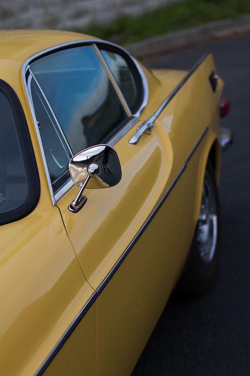 Volvo-1800es-France-side.jpg