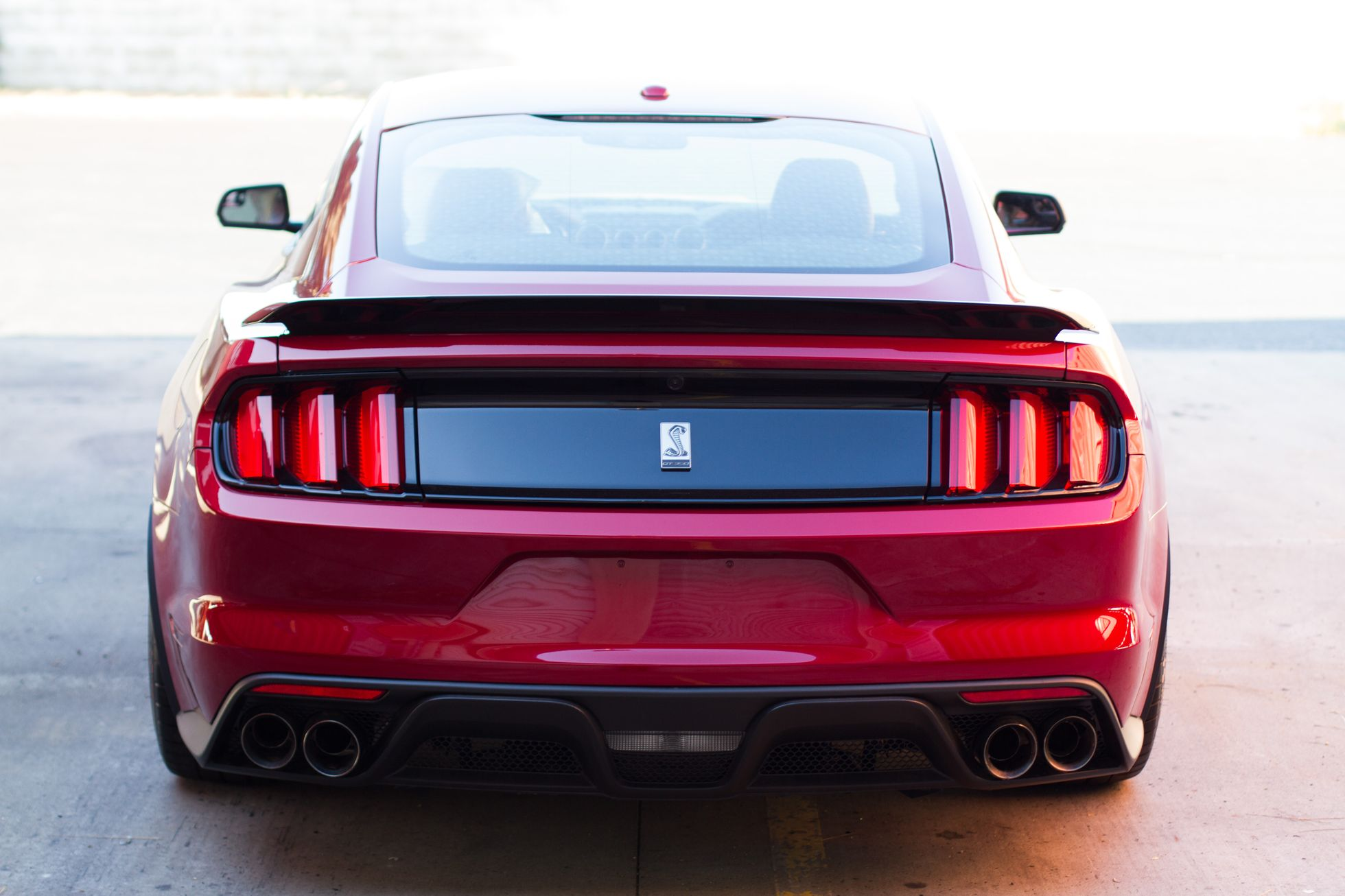 GT350 Shelby red new