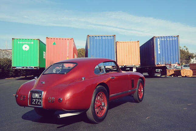 Aston Martin DB2 UMC272 shipping container