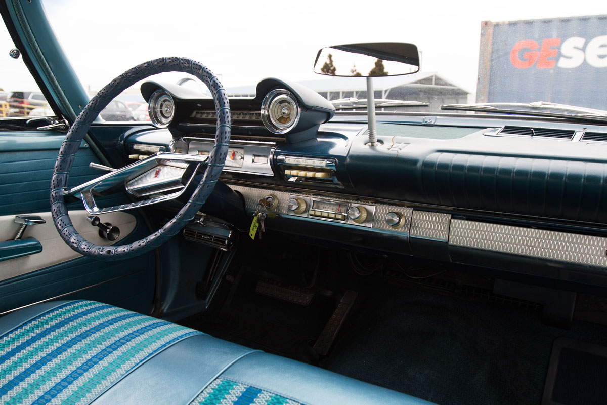 plymouth-fury-interior.jpg