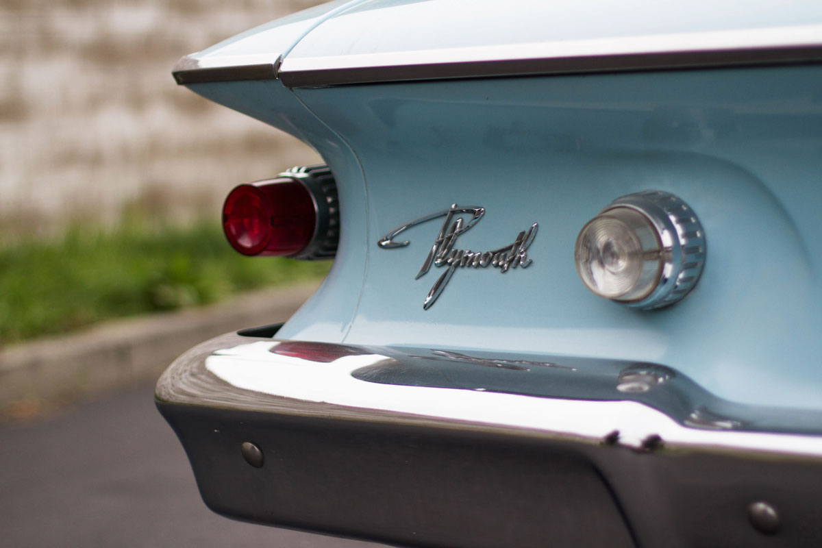 plymouth-fury-logo.jpg