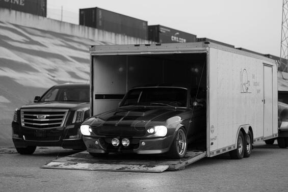enclosed car transport.jpg