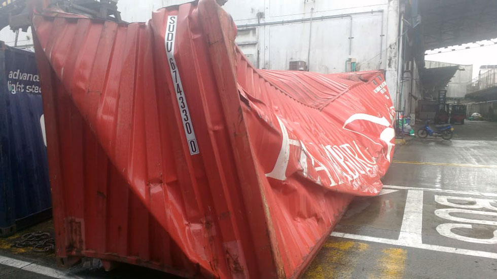 container-damage-1