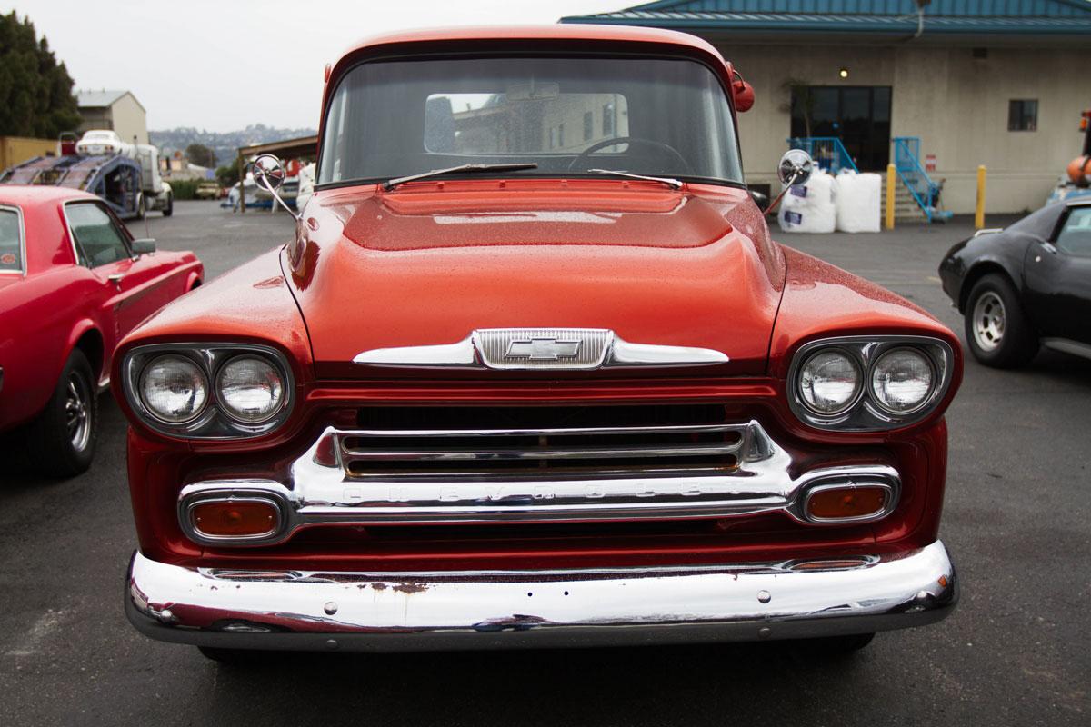 https://cdn2.hubspot.net/hubfs/347760/C_Blogs/Blog_Images/chevrolet-3100-front-classics-usa.jpg