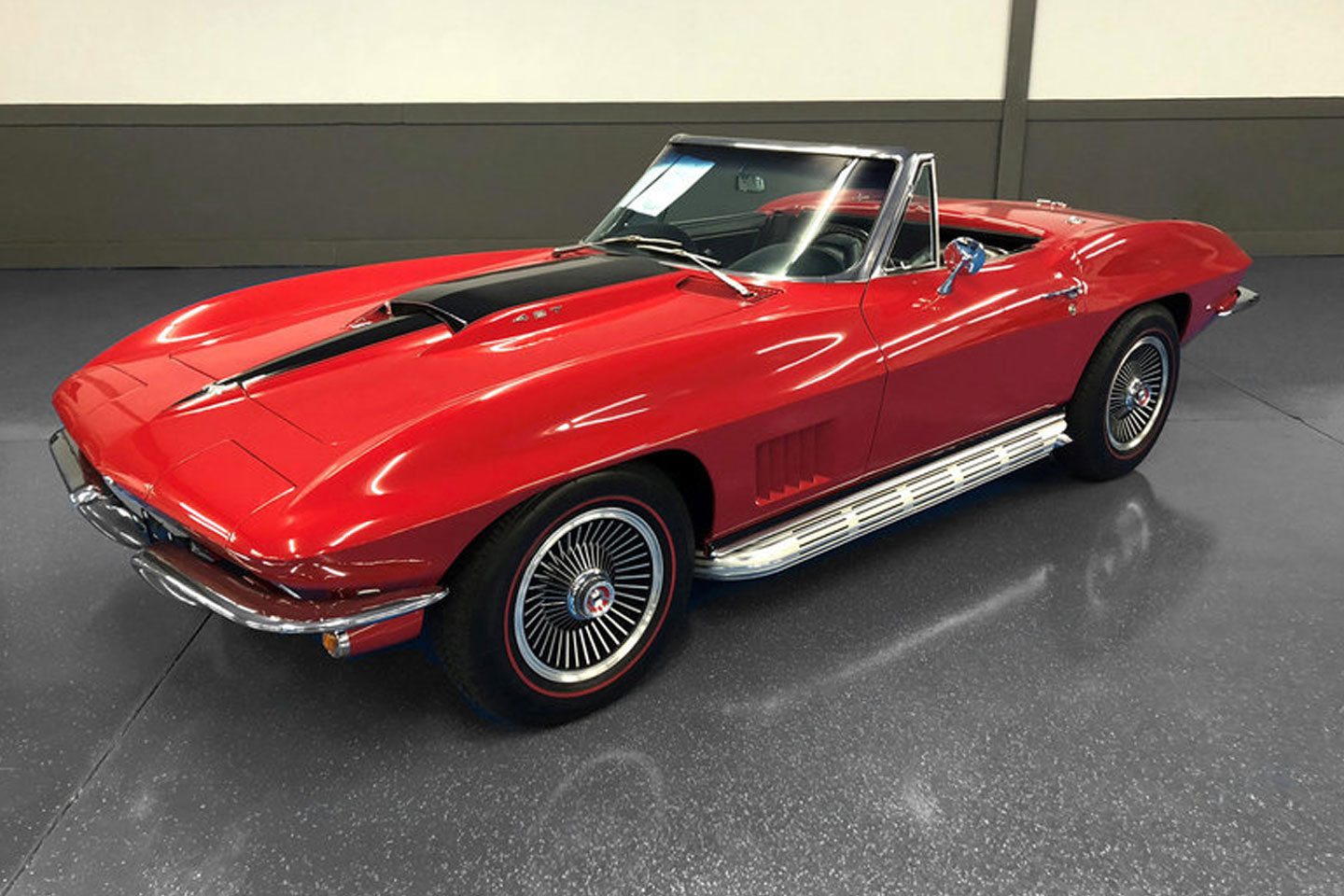 https://cdn2.hubspot.net/hubfs/347760/corvette-leake-auction.jpg