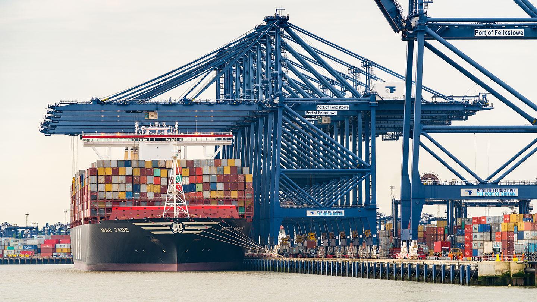 port-of-felixstowe-ship